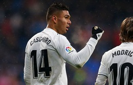 Hoãn Siêu kinh điển, sao Real Madrid mừng thầm