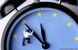 Châu Âu chuyển sang giờ mùa Đông và lưu ý với du khách