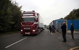 Vụ 39 thi thể trên xe container ở Anh: 3 đối tượng tình nghi được tại ngoại