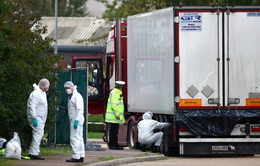 Thảm kịch xe tải chở người di cư thiệt mạng - Nhìn lại chính sách nhập cư cứng rắn