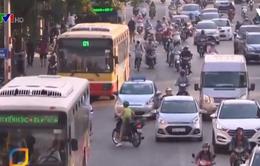 Đường riêng cho xe bus gây ùn tắc hơn?