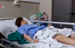 Hút mỡ bụng để bơm nâng ngực, cô gái 28 tuổi nhập viện cấp cứu