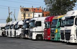 Bỉ phát hiện nhiều người di cư trong xe tải đông lạnh