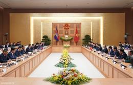Thủ tướng Campuchia thăm chính thức Việt Nam