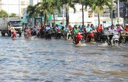 Cần Thơ: Hơn 100 tuyến đường ngập nghiêm trọng
