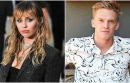 Hẹn hò với bạn thân, Miley Cyrus vẫn không có ý định lâu dài
