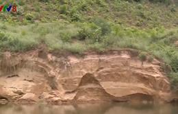 Thừa Thiên - Huế: Sạt lở bờ sông tăng nhanh