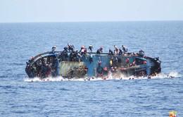Lật thuyền chở người di cư tại Italy