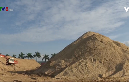 Bất thường đằng sau những núi cát khủng ở Quảng Ngãi