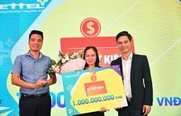 Viettel trao 1 tỷ đồng cho khách hàng may mắn ở Lâm Đồng