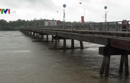 Mưa lũ gây ngập lụt ở Quảng Ngãi, nguy cơ xảy ra lũ quét, sạt lở đất