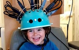 Mũ bảo hiểm giúp phát hiện tự kỷ, động kinh ở trẻ em