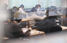 Hơn nửa triệu thí sinh Hàn Quốc tham gia kỳ thi vào đại học