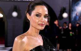 Hậu ly hôn với Brad Pitt, Angelina Jolie không nhận ra chính mình