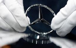 """Triệu hồi hàng nghìn """"xe sang"""" Mercedes tại Trung Quốc"""