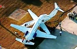2 máy bay cá nhân đâm vào nhau trên đường băng