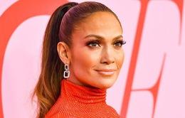 """""""Hustlers"""" đại thành công, Jennifer Lopez vẫn không được trả thù lao"""
