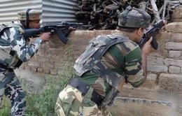 Giao tranh dữ dội giữa binh sỹ Ấn Độ - Pakistan dọc ranh giới ở Kashmir