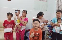 Con trai MC Hồng Phúc từ chối việc bố tổ chức tiệc sinh nhật để dành tiền làm từ thiện cho trẻ bị tim