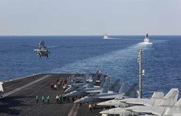 Mỹ dịch chuyển tàu sân bay qua eo biển Hormuz