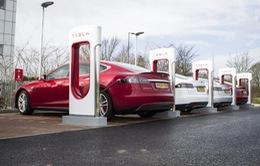 Chính quyền California cấm xe dùng khí đốt, tập trung mua xe xanh