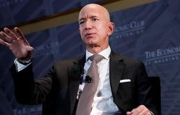 Tỷ phú Amazon quyên góp gần 100 triệu USD cho người vô gia cư