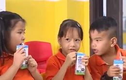 TP.HCM triển khai chương trình Sữa học đường tại 10 quận huyện vùng ven