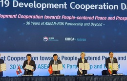 Hàn Quốc và 5 nước ASEAN ký Bản ghi nhớ về hợp tác phát triển