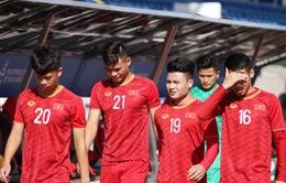 Quang Hải, Hùng Dũng ra sân tập, sẵn sàng thi đấu với U22 Lào