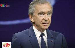 Tỷ phú hàng xa xỉ Pháp tiến sát vị trí người giàu nhất thế giới