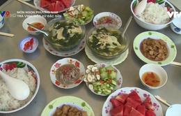Lạ miệng với món canh sim lo của người dân Khmer