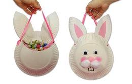 Cùng bé yêu làm chú thỏ đựng kẹo xinh xắn từ giấy xốp