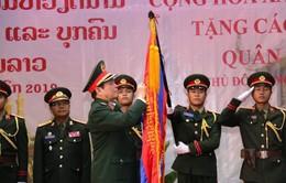 Trao tặng Huân chương Sao Vàng cho Quân đội nhân dân Lào