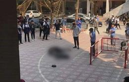 Hà Nội: Nam sinh viên trường Kiến Trúc tử vong nghi nhảy lầu tự tử