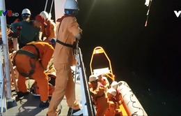 Cứu nạn thuyền viên Quảng Ngãi bị đứt lìa bàn chân phải