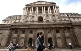 Đồng Bảng sụt giảm sau quyết định giữ nguyên lãi suất của BoE