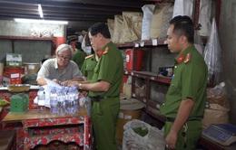 TP.HCM: Bộ Công an bắt hàng chục tấn nguyên liệu thuốc bắc nhập lậu