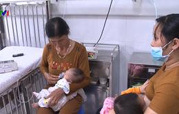 Vào mùa cúm, số trẻ nhập viện gia tăng