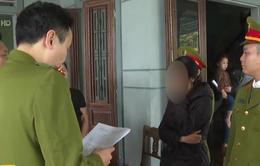 Khởi tố, bắt tạm giam đối tượng chuyên làm giả giấy tờ đi lừa đảo
