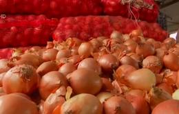 Thiếu thực phẩm thiết yếu khiến người dân châu Á méo mặt