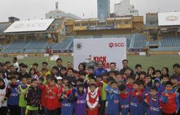 Đá bóng và Sẻ chia: Thắp sáng ước mơ tài năng bóng đá trẻ
