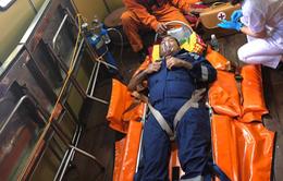 Cứu nạn một thuyền viên người Indonesia bị hôn mê trên biển.