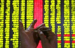 Thị trường chứng khoán Trung Quốc đi xuống bất chấp động thái giảm thuế