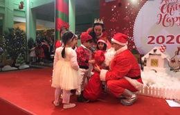 Dịch vụ đóng giả ông già Noel đắt khách