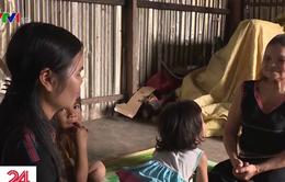 """Nguy hiểm sinh con tại nhà và hiệu quả của dự án """"Cô đỡ thôn bản"""""""