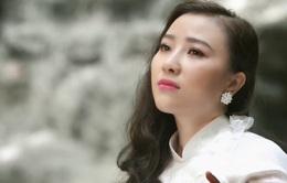 """Yên Hà gây bất ngờ với """"Đất nước"""" - phim ca nhạc song ngữ độc đáo"""