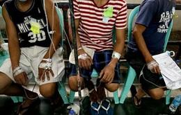11 người chết, hàng trăm người nhập viện vì ngộ độc rượu ở Philippines