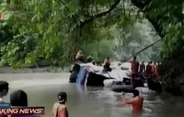 Indonesia: Xe bus lao xuống vực, ít nhất 25 người thiệt mạng