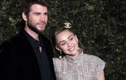Miley Cyrus và Liam Hemsworth chính thức đạt thỏa thuận ly hôn