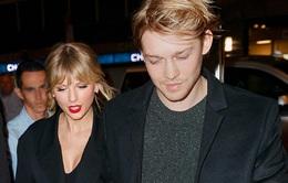 Bạn trai của Taylor Swift phớt lờ các tin đồn